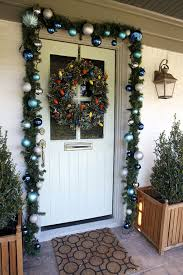 Decorations:Hallowen Theme For Front Door With Red Color And Round Wreath  Ideas Amazing Front