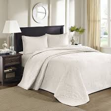 Amazon.com: Madison Park Quebec 3 Piece Bedspread Set, King, Ivory ... & Amazon.com: Madison Park Quebec 3 Piece Bedspread Set, King, Ivory: Home &  Kitchen Adamdwight.com