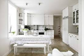 Beautiful All White Kitchen. Image Source: Beauty Home Designs