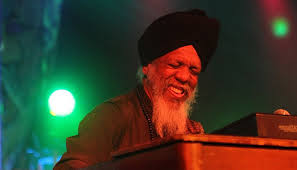 Dr. Lonnie Smith: But Beautiful article @ All About Jazz