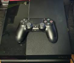 Playstation 4 cheap with 1 controller ...