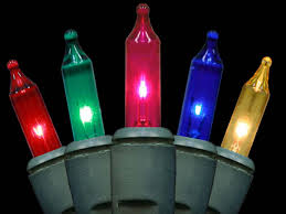 Christmas Lights That Look Like Light Bulbs Buyers Guide For The Best Outdoor Christmas Lighting Diy