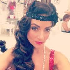 hair make up roaring 20 s style