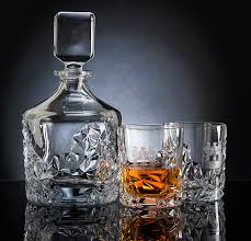 crystal whisky decanter set engraved with your family coat of arms hall of names at lineage