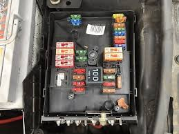 audi a3 2008 2012 fuse box (in engine bay) �25 00 picclick uk audi a3 fuse box diagram audi a3 2005 2008 2 0 tdi fuse box (in engine bay)