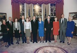 filethe reagan library oval office. File:President And Mrs. Bush Pose With The Former Presidents First Ladies In Filethe Reagan Library Oval Office Y