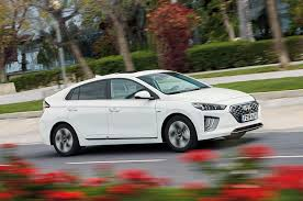 Hybrid And Company Size Chart Top 10 Best Hybrid Cars 2019 Autocar