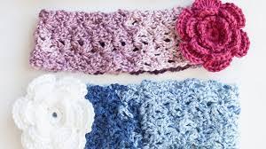 Crochet Flower Pattern For Headband Simple Crochet Cozy Posy Headband Tutorial The Crochet Crowd