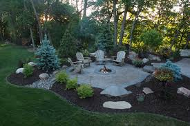 22 Backyard Fire Pit Ideas With Cozy Seating Area  Backyard Backyard Fire Pit Area