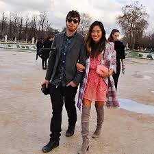 Fashion Bloggers And Their Boyfie-tographers