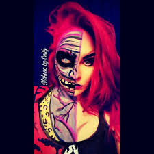 my name is caitlyn sanderson and i am a self taught makeup artist body painter