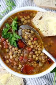 fakes Soupa Lentil Soup Greek