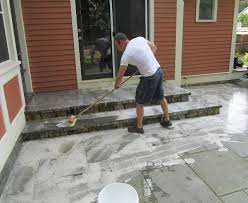 how to clean mold off concrete patio