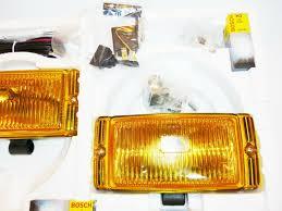 Bosch Yellow Fog Lights Bosch Pilot 150 Halogen Yellow Fog Lamp Kit 0305406902 Universal Headlamps