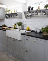 Love Sola, love Swedish craftsmanship. Beautiful and functional Frillen in  grey