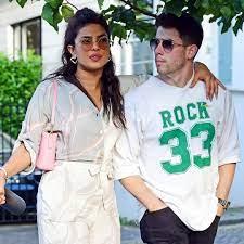 Nick Jonas takes a bite from Priyanka ...