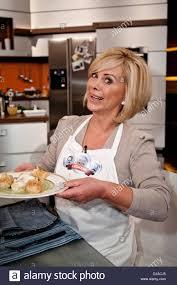 marijke amado on german zdf tv cooking show 'lafer lichter
