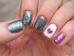 Elmo and abby make valentines for each other and learn about the importance of friendship. Valentine S Day Nail Art With China Glaze Chantal S Corner