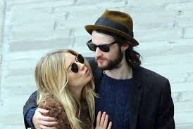 Sienna miller dating history | sienna miller boyfriend, husband. Sienna Miller Biography Photos Age Height Movies Private Life And Latest News 2021