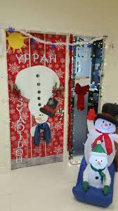 office holiday decorations. Had A Holiday Decoration Competition In Which Our Employees Decorated Their Office Desks And Doors. We Then Asked Everyone To Vote Pick The Winner. Decorations Y