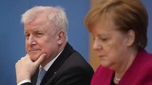 Bayerns ministerpräsident horst seehofer.dennis kaupp und jesko friedri. Horst Seehofer So Macht Sich Sixt Uber Den Rucktritt Vom Rucktritt Lustig Stern De