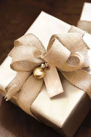 Gift Wrapping Tips From Top Designers