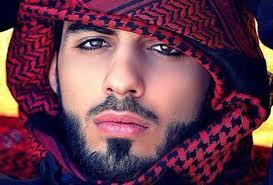 Omar, Pria Ganteng yang Diusir dari Saudi. Facebook. TERLALU GANTENG - Ini dia Omar Borkan Al Gala, pria yang dianggap terlalu ganteng sehingga dideportasi ... - OMAR-GANTENG