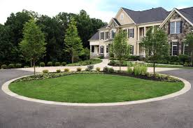 driveway with island and plantings contemporary-landscape