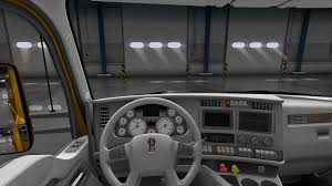 this is a skin bination for interior and gauges applicable to kenworth t680