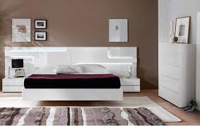 contemporary bedroom furniture chicago. Simple Furniture 20 Crisp Modern Condo Bedroom Furniture For Uncluttered Look  Chicago On Contemporary O