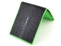 green stingray wallet