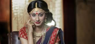 8 maharani style multi layered necklace