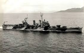 starboard view of brooklyn class light cruiser uss honolulu cl 48 whilst underway in 1944 location unknown honolulu showing her ms32 2c camouflage