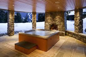 Hot Tub vs Spa: What's the Difference?