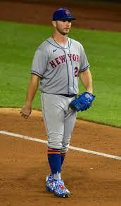 Pete Alonso - Wikipedia