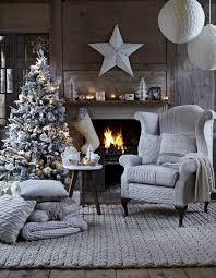 Monochromatic Living Room Decor 30 Modern Christmas Decor Ideas For Delightful Winter Holidays