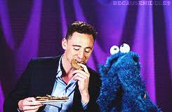 cookie monster tom hiddleston gif. Modren Cookie When He Taught Cookie Monster A Lesson In Delayed Gratification  29 Times Tom  Hiddleston Was Your Perfect Boyfriend To Gif S