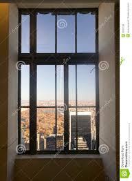 New York Cityansicht Durch Fenster Von ï ½ Spitze Des Rockï ½