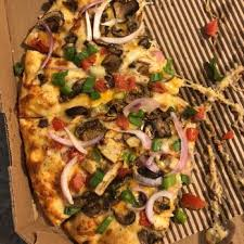 photo of round table pizza pittsburg ca united states en garlic gourmet