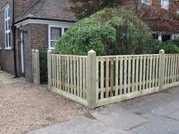 attaching wooden picket fence panels to posts