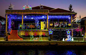 Mandurah Christmas Lights Boat Hire Magical Christmas Lights Tours Eco Bbq Boats