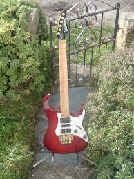 mercury guitar lovers about time i put up pics of my mercury series mg 94 usa and mg 74 korean both cracking guitars both made in 1992