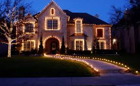 Christmas home lighting Ranch Style House Call Now To Speak To Staten Island Lighting Specialist 646 8330843 Delmarva Now Best Christmas Light Installation Staten Island Ny Outdoor Lighting