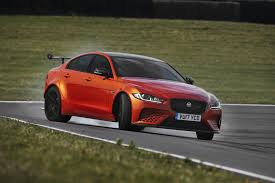 2018 jaguar xe.  jaguar 2018 jaguar xe sv project 8 comes with 592 horsepower 6figure price tag on jaguar xe