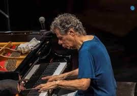 Chick Corea morto per un cancro: pianista jazz leggenda dagli esordi con  Miles Davis ai Return