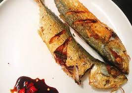 Membuat ikan kembung di rumah bukanlah sesuatu yang mustahil. Resep Ikan Kembung Goreng Sambal Kecap Rawit Yang Lezat Kreasi Masakan
