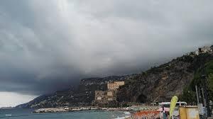 Maltempo, allerta meteo su tutta la provincia di Salerno dalla mezzanotte  per le successive 24 ore. - Costa d'Amalfi informazione e news