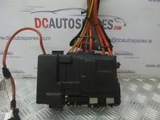 volvo s60 fuses fuse boxes 2014 volvo s60 1 6 diesel fuse box in engine bay 30659092