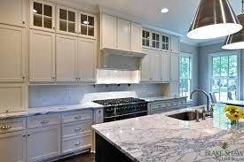 kitchen cabinets to ceiling 2 tone kitchen kitchen cabinets 14 foot high ceilings