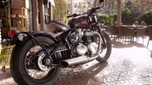 2017 triumph bonneville bobber review youtube